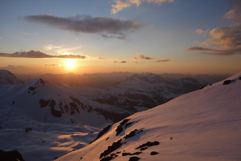 Sonnenuntergang an der Wildstrubelhütte.