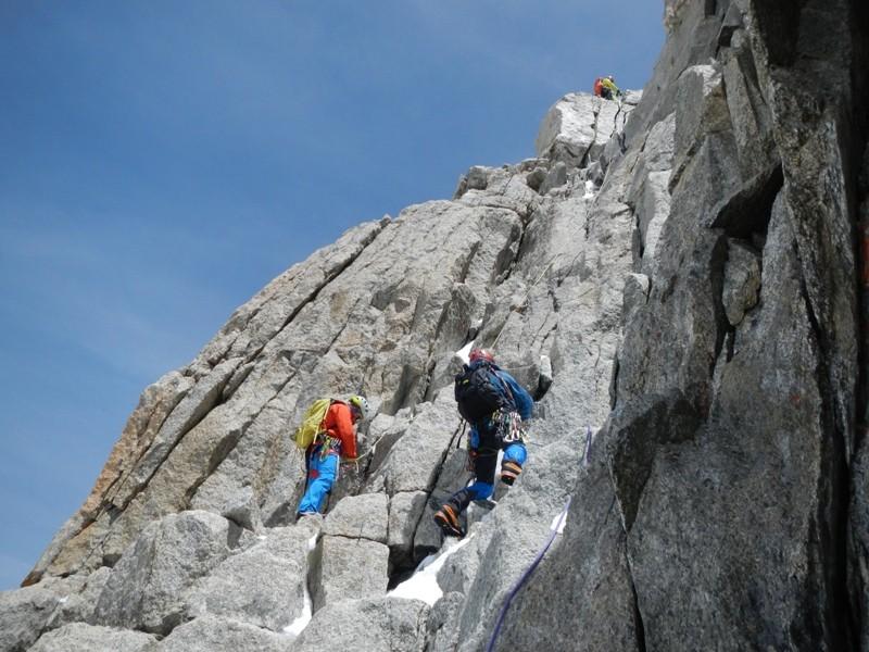 Kletterei am Normalweg auf die Dent du Géant.