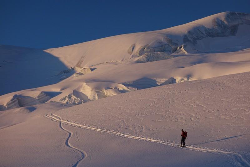 Auf Skitour zum Grossen Wannenhorn.