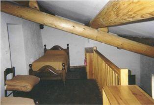 Estienne, mezzanine (2 petits lits)