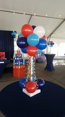 Air-Filled Balloon Centerpiece Cluster