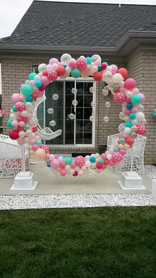 Air-Filled Balloon Sculpture Circle Arch Photo Backdrop