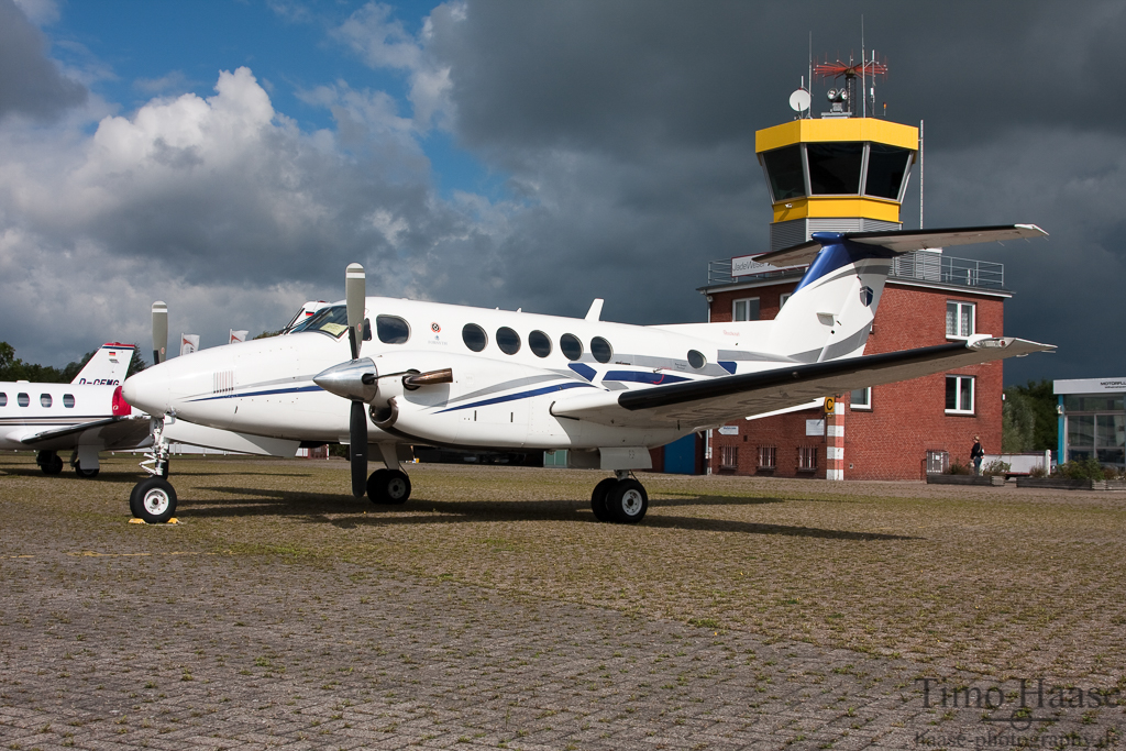 25.08.10 Beechcraft B200 Super King Air ( OO-SKM ) der Sky Service