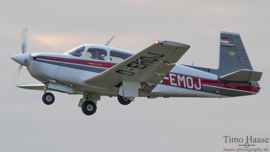 06.03.12 Mooney Aircraft Typ M 20 J ( D-EMOJ )