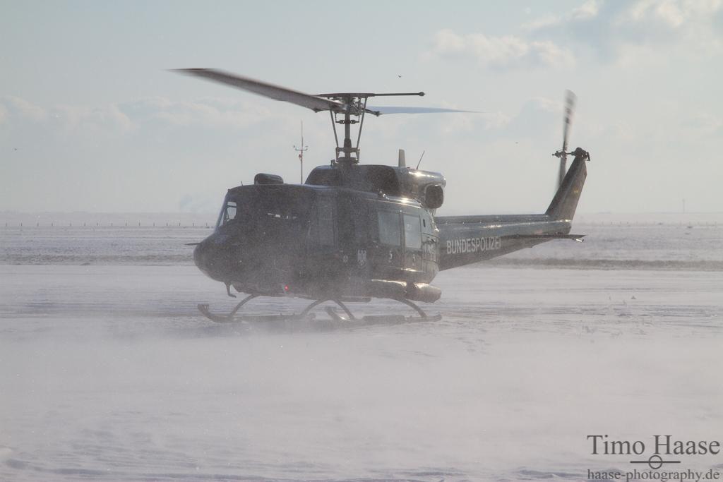 04.02.12 Bell 212 der Bundespolizei