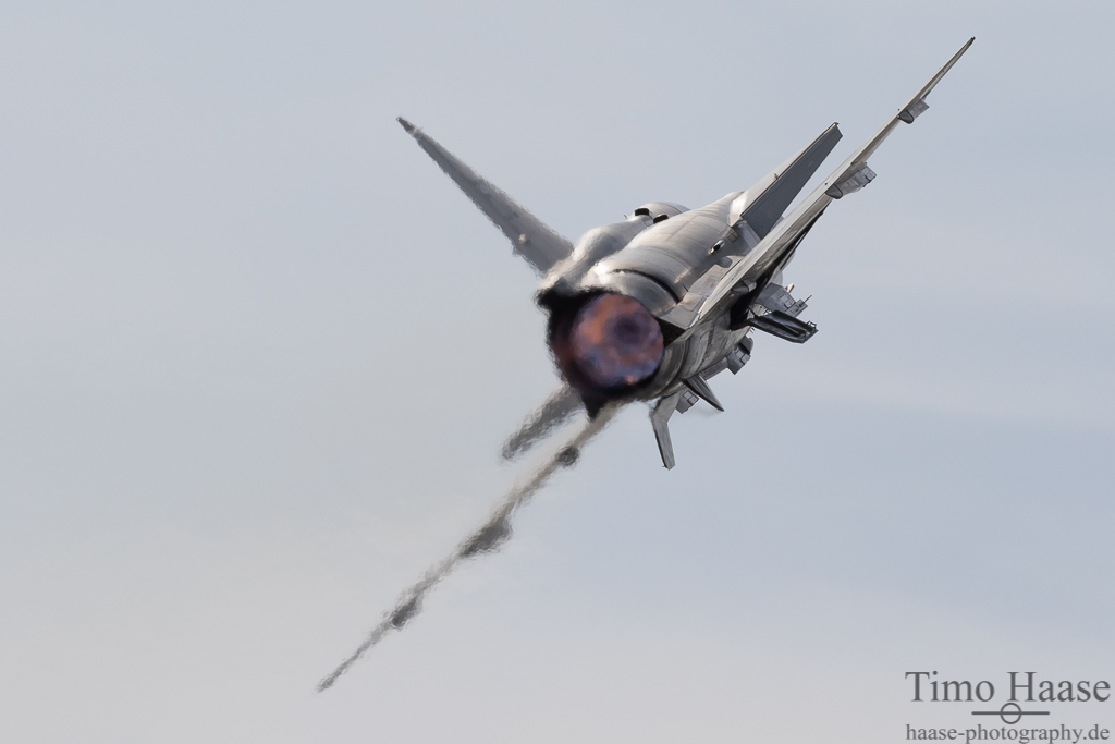 SAAB AJS-37 Viggen der Swedish Air Force Historic Flight