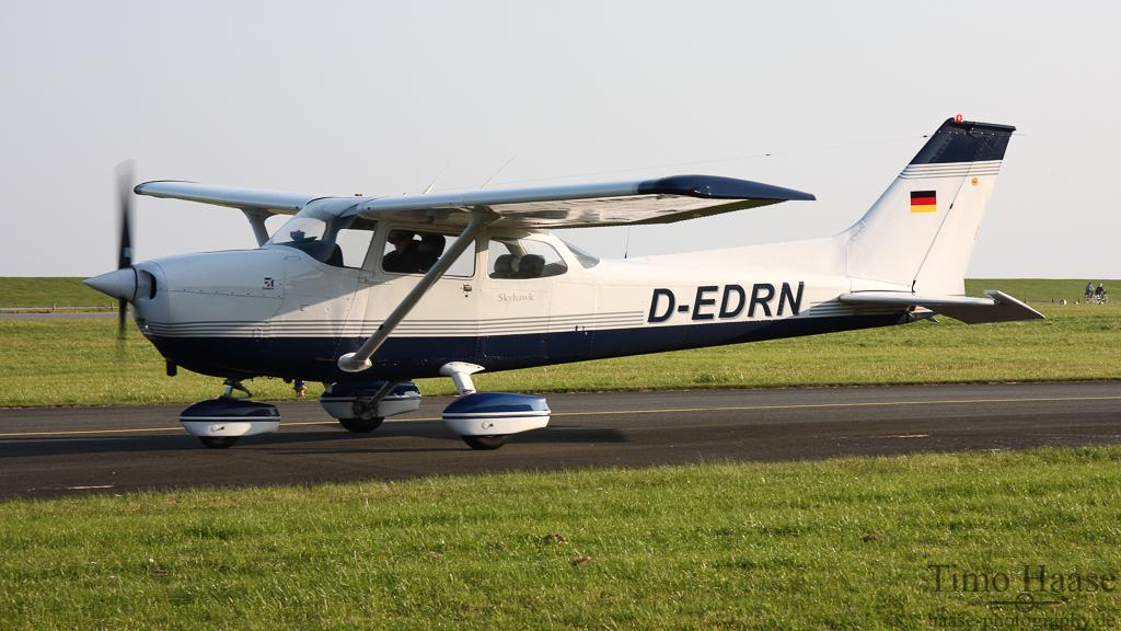 11.10.09 Reims-Cessna F172M Skyhawk ( D-EDNR )