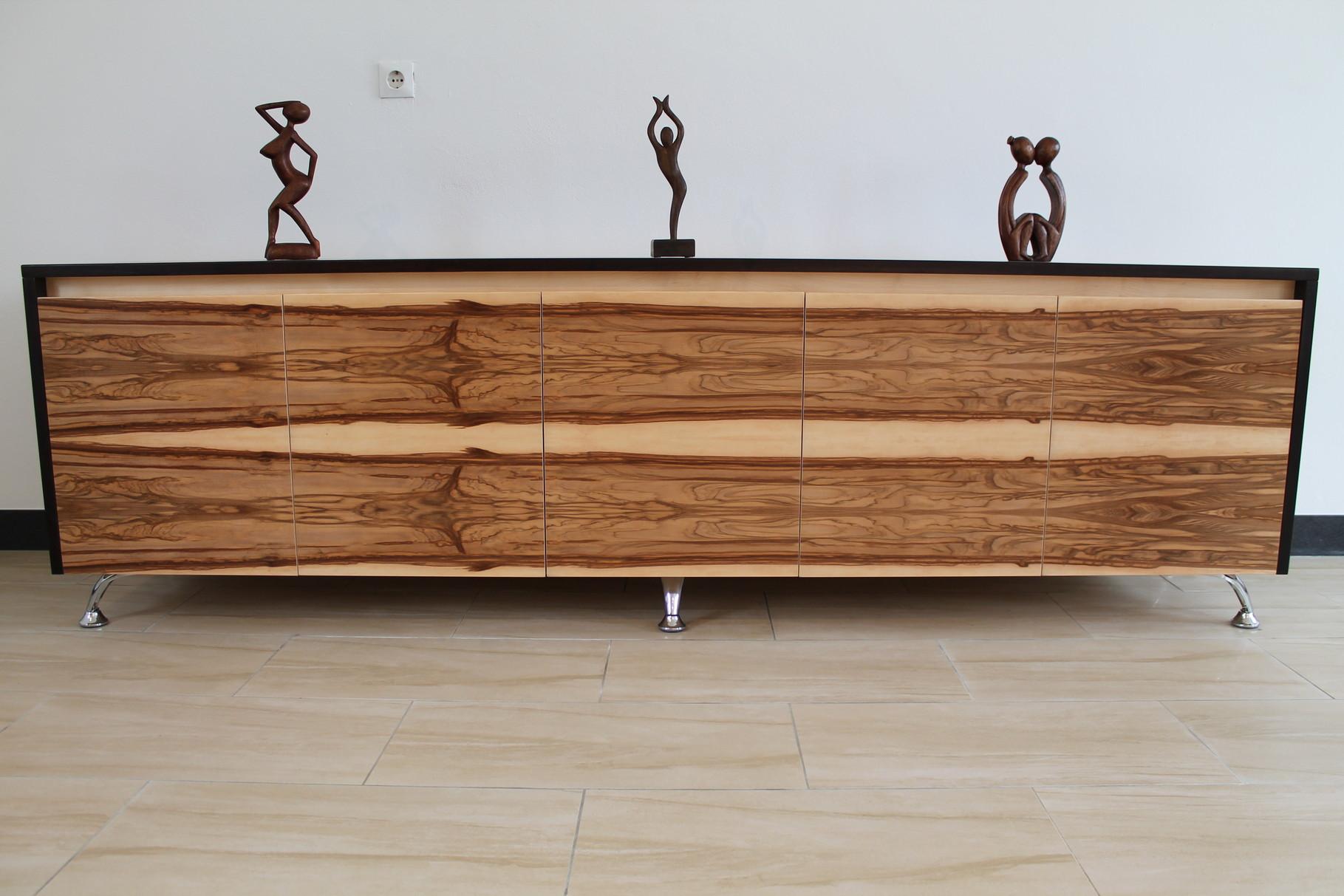 helle Exoten  designschreiner artofwood möbeldesign  -> Tv Sideboard Nussbaum