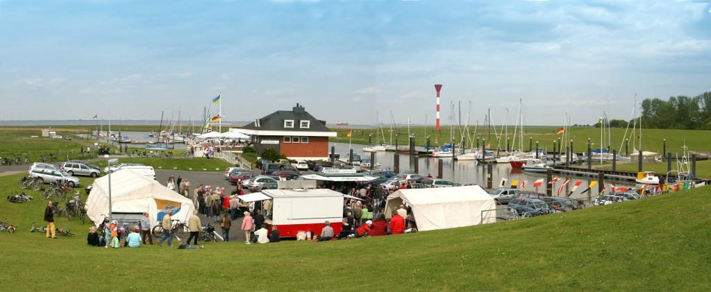29.05.2010 Hafenfest d. Sportfischervereins Otterndorf auf dem Aussendeich-Parkplatz am Restaurant Elbterassen