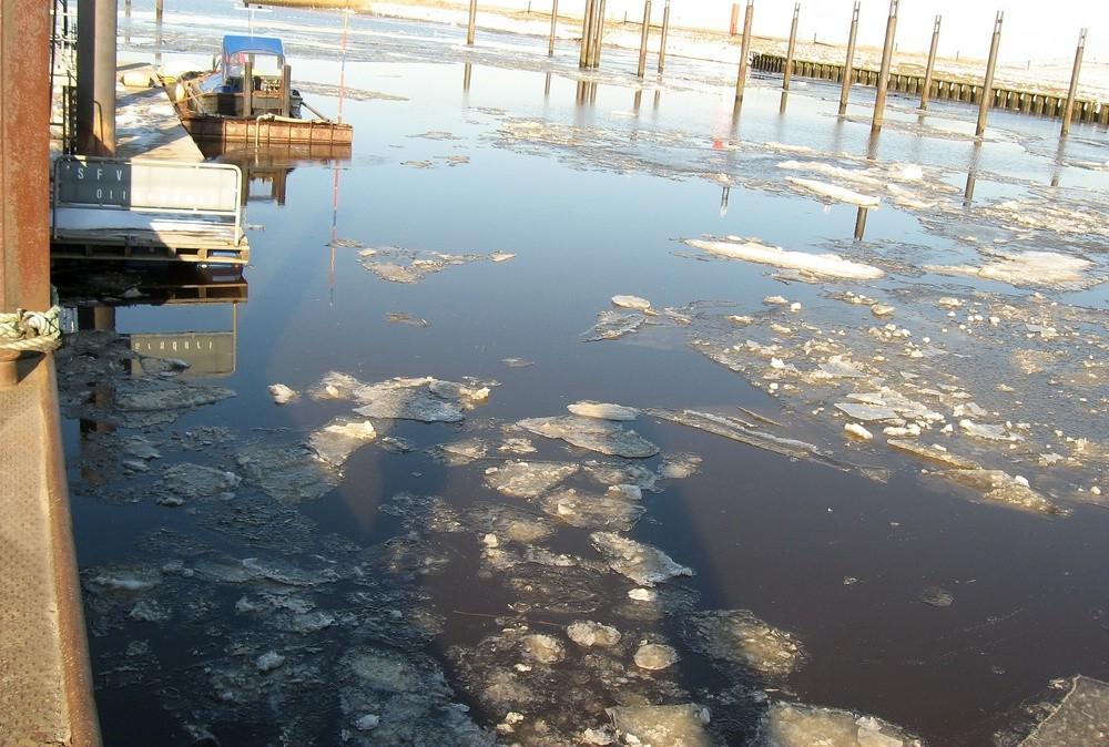 12.03.2013 Otterndorf Hafen Foto: Lutz Lühmann