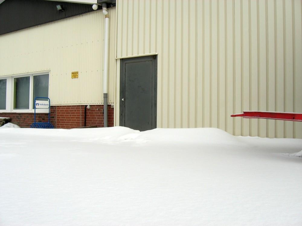 13.03.2013 SVO Bootshaus - nur wenig Neuschnee in Otterndorf Foto: Lutz Lühmann