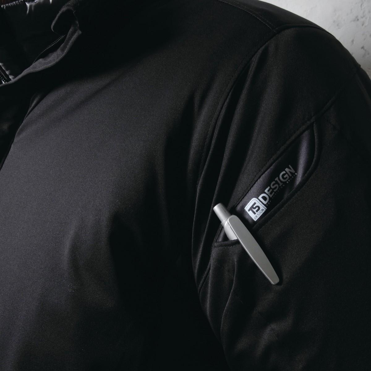 TS DESIGN  6626 防風ストレッチライトウォームジャケット 左袖にマルチポケットを採用。スマホもOK。