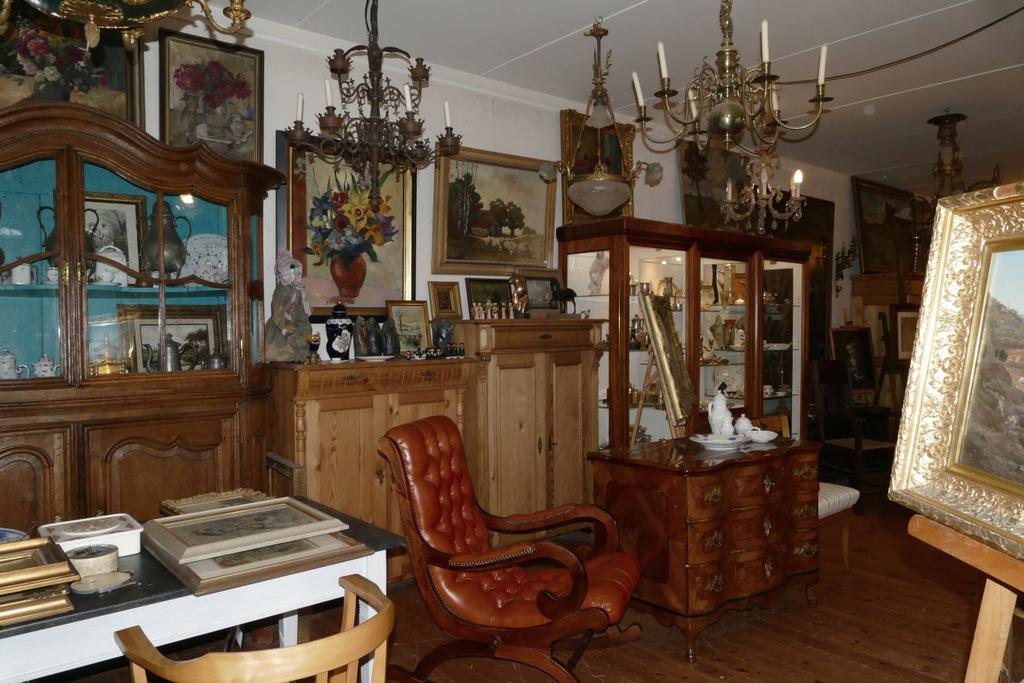 Antiquitäten Onlineshop Alte Kunst Antike Möbel Eifel