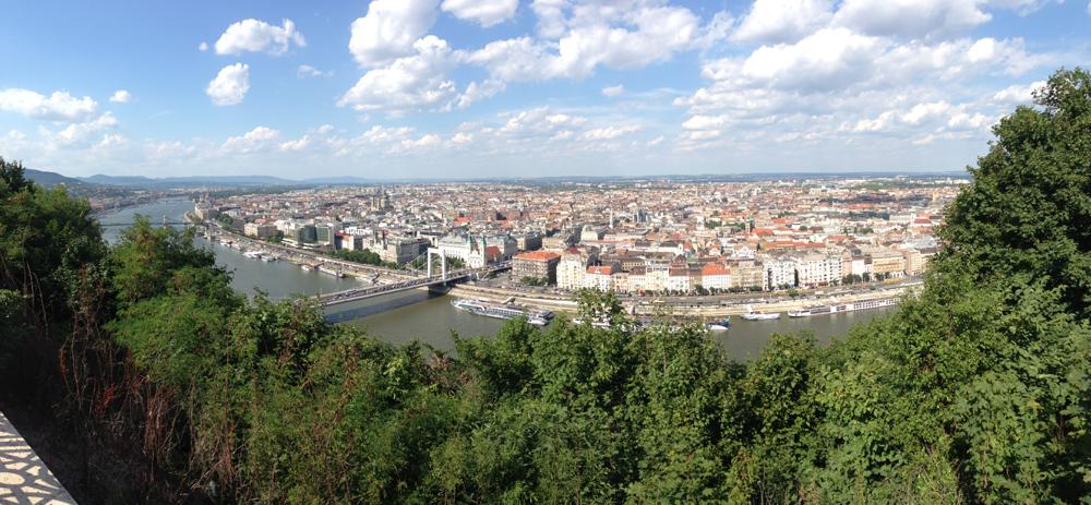 """Budapest mit der Elisabethen-Brücke (ja, genau die aus den """"Sissi""""-Filmen war die Namensgeberin der Brücke)"""