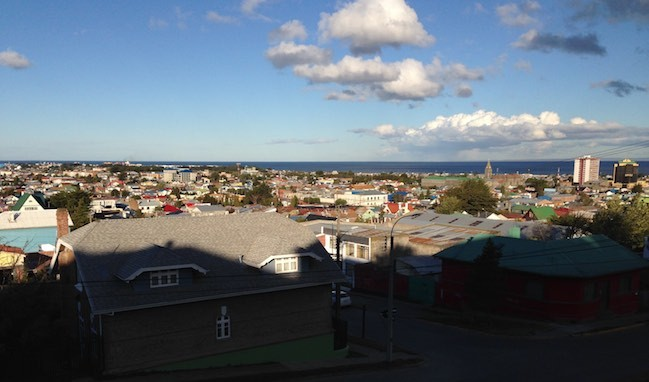 Punta Arenas in der Sonne - um 20:30 Uhr !