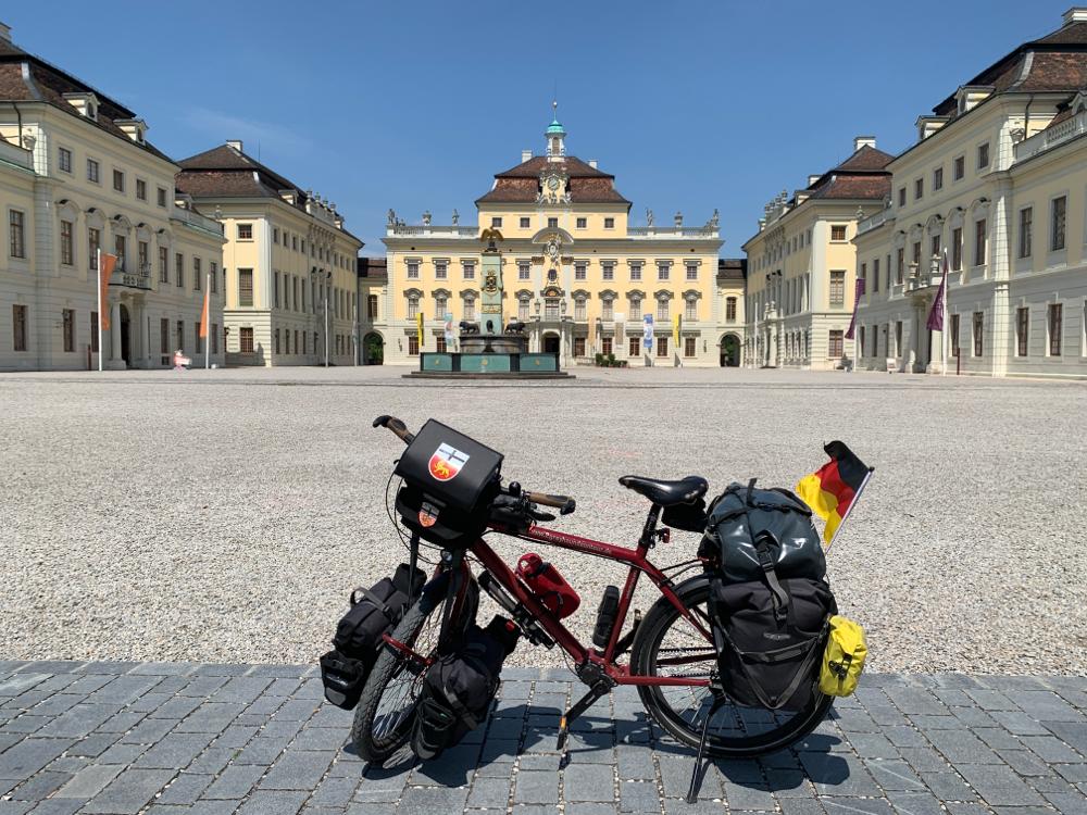 Das Ludwigsburger Barockschloß - schön (von außen) anzusehen, aber wo ist hier ein Eisladen ???