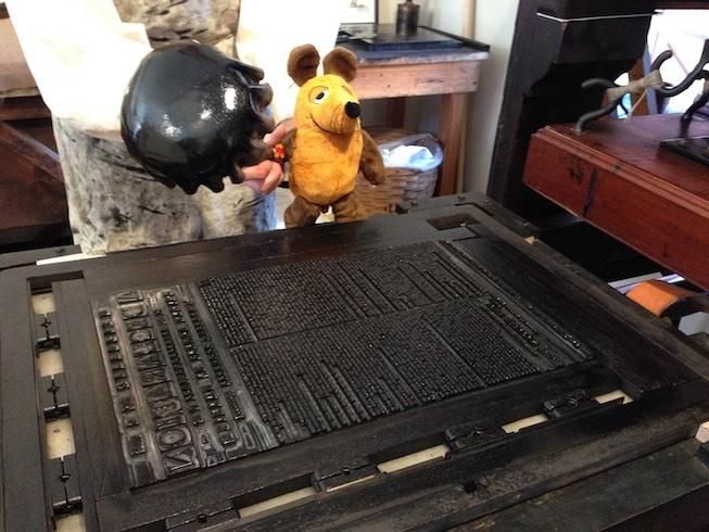Maus an der Druckplatte für die Unabhängigkeitserklärung von 1776.
