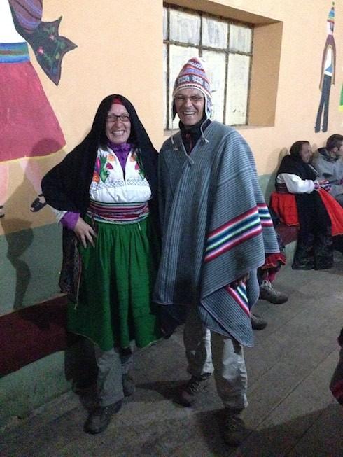 """Zwei """"Peruaner"""" beim Dorffest"""