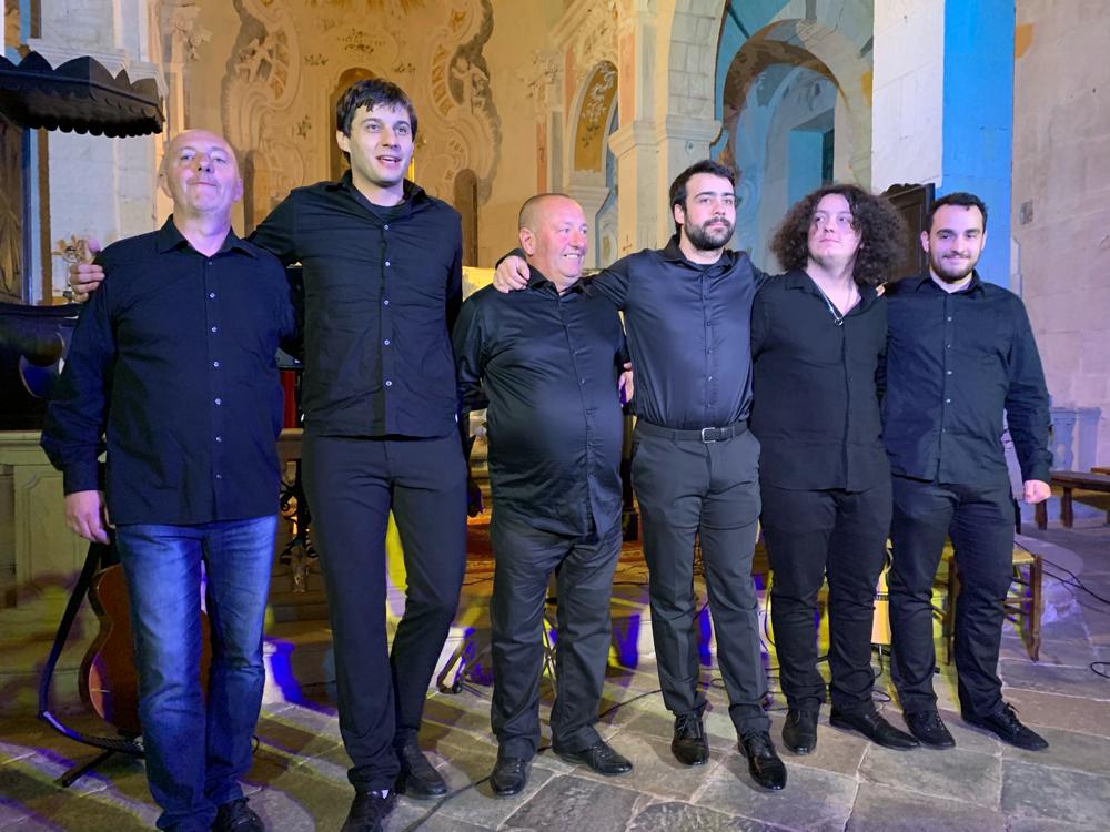 """Die Musiker von """"Balagna"""" nach dem Konzert"""