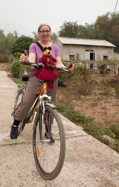 Meine Greyhoundin und ich bei der Fahrradtour