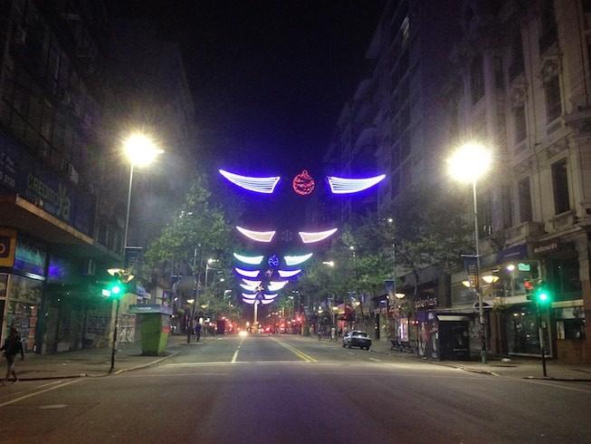 Die Hauptstrasse von Montevideo um 00:30 h !