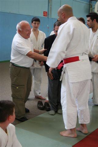 Pierre GAYA, chargé de mission à la FFJDA le félicite