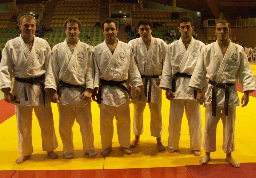 Notre équipe au grand complet : Nico, Mika, Franck, Samy, Romain et Phil !