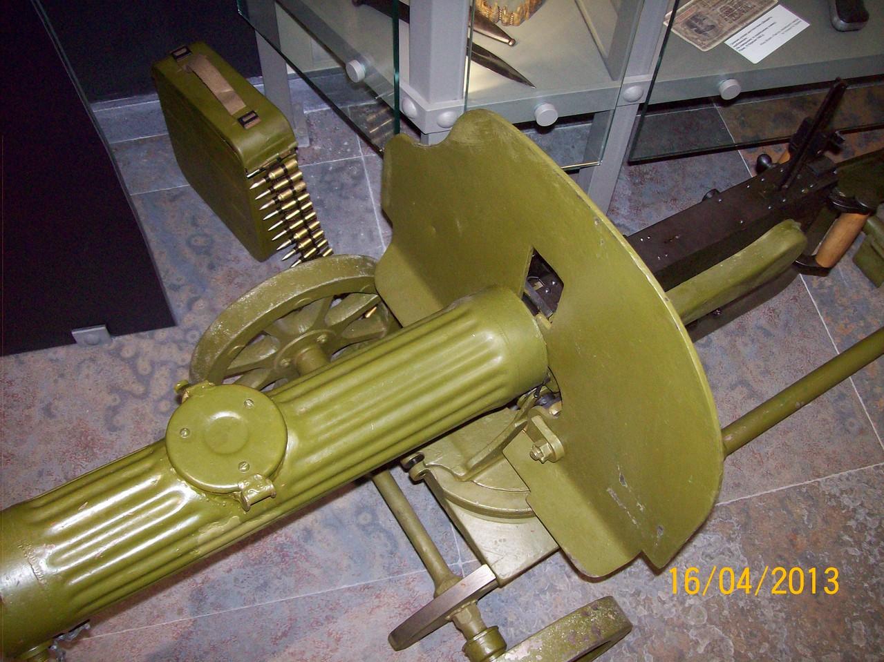 """Зброя часів Другої світової війни - радянський кулемет """"Максим"""""""