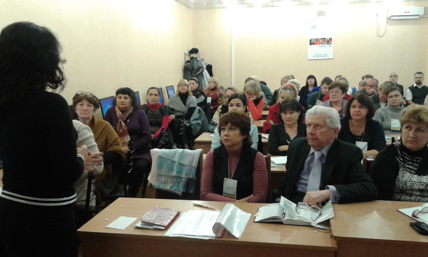 Семінар-практикум «Засоби медіа інформації на уроках суспільних дисциплін» розпочато