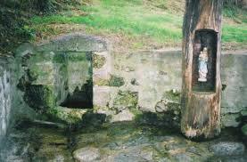 Lestards fontaine miraculeuse de La Bussière, Clédat, correze, village abandonné, visite, randos, VTT, dos d'ânes, Cheval, fête des roses, cocquelicontes, fête du pain, maquis,