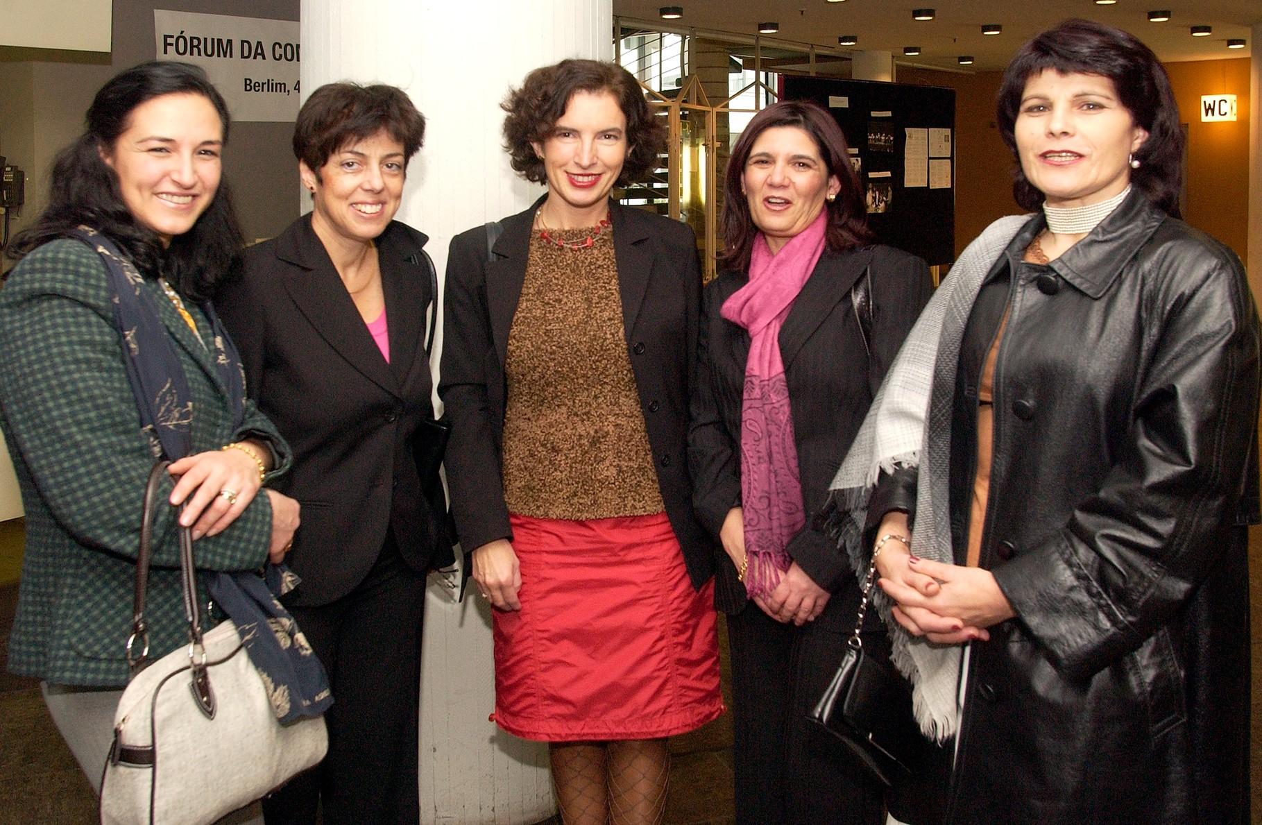 Professoras nas comemorações dos quarenta anos da Comunidade portuguesa da Alemanha em Berlim, 2004