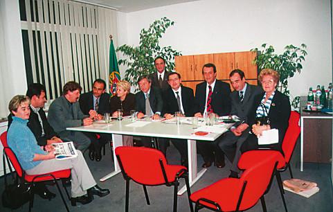 Encontro no Consulado em Dusseldorf sobre o ensino, 2000