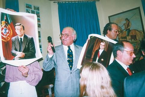 Secretário de Estado das Comunidades Portuguesas, José Lello, na Associação Portuguesa de Zindelfingen, 1998