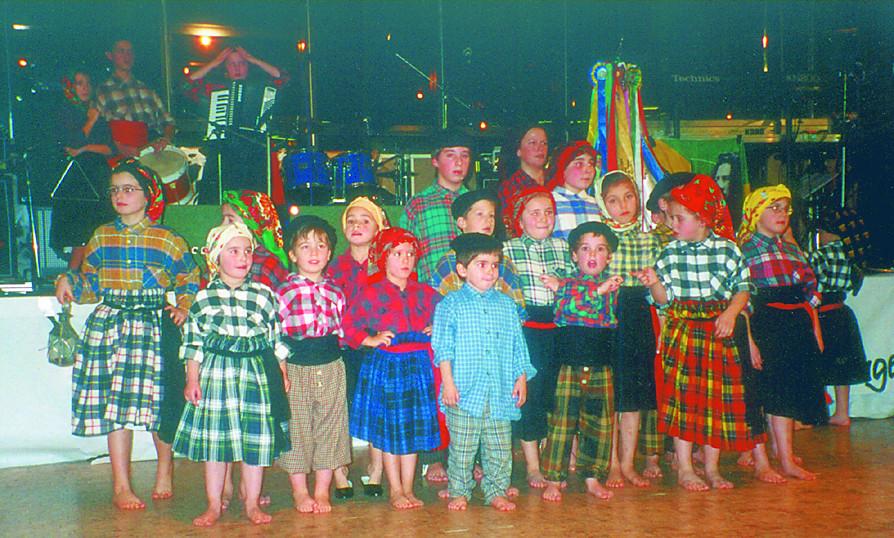 Grupo de Folclóre Juvenil de Rheiner, 1998