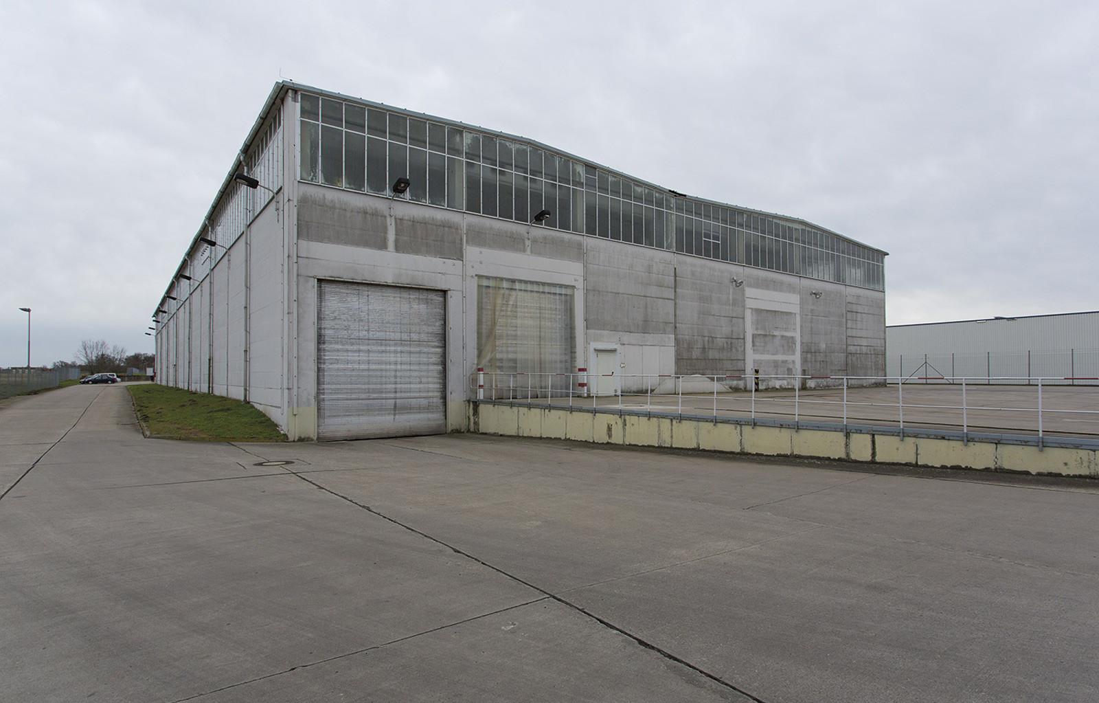 Industriepark Tangermünde Halle 2 Außenansicht