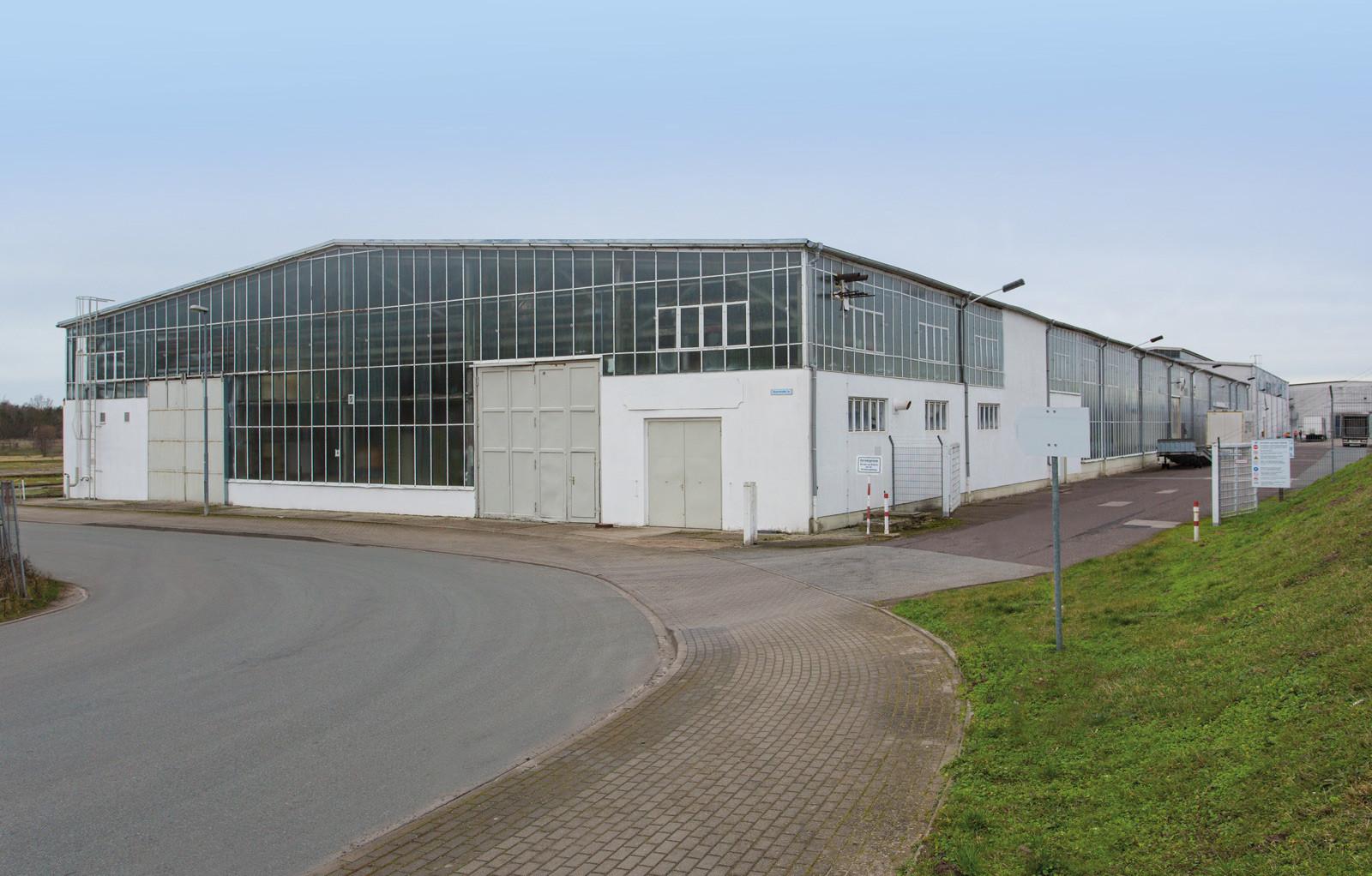 Industriepark Tangermünde Halle 1 Außenansicht