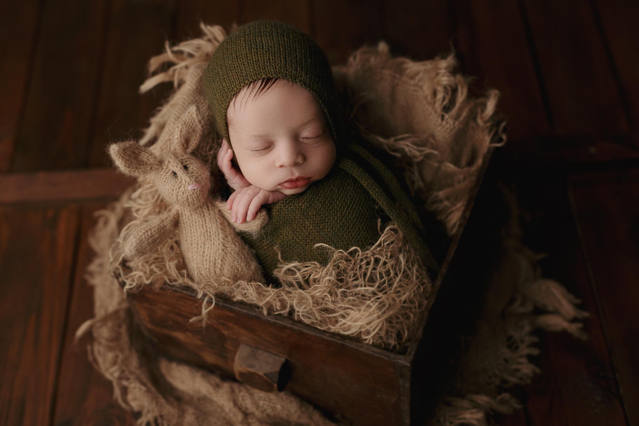 Babyfotograf Newborn Fotografie Erlensee Frankfurt Hanau Offenbach Neugeborenenfotografie Baby Fotograf