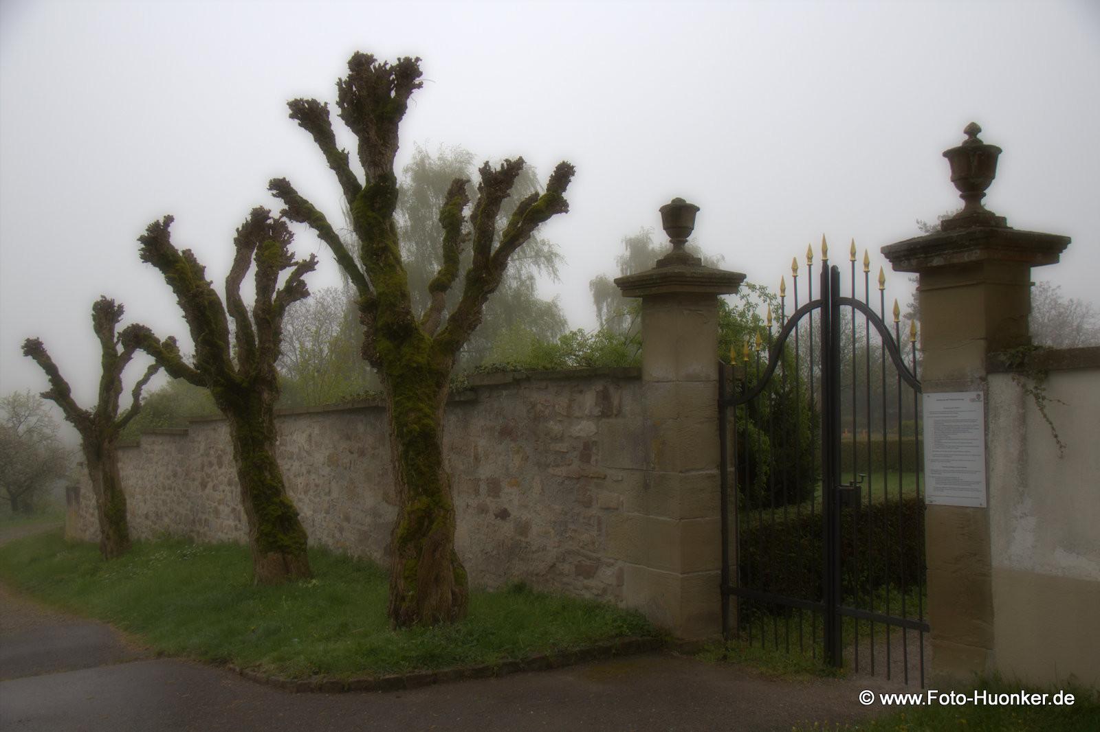 Eingang des Friedhofes