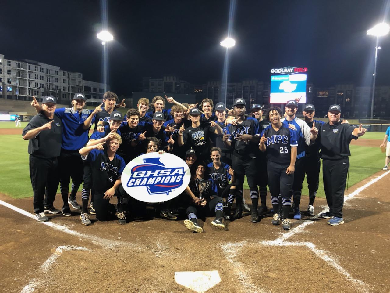 【祝優勝】群大野球部と交流あるトンプソン氏が米高校野球大会を制覇