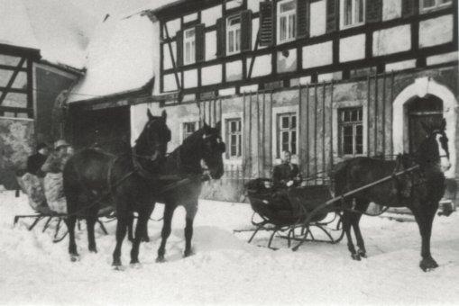 Kutschen im Winter, Nössige um 1925, Foto: Nachlass Familie Steiger