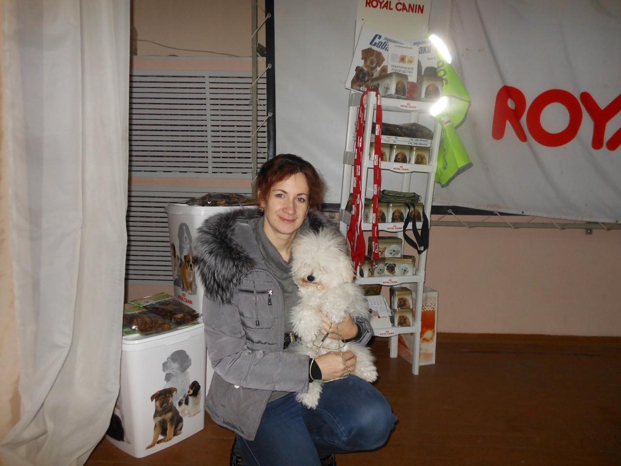 Ирина Хомякова и бишон-фризе