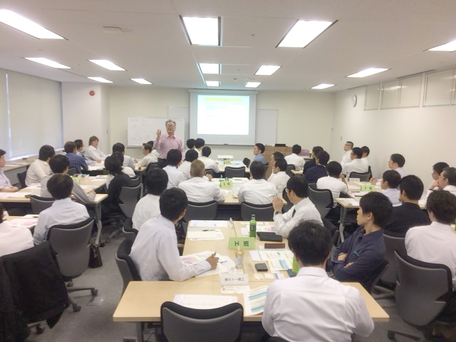写真1:松田龍太郎の講義風景1