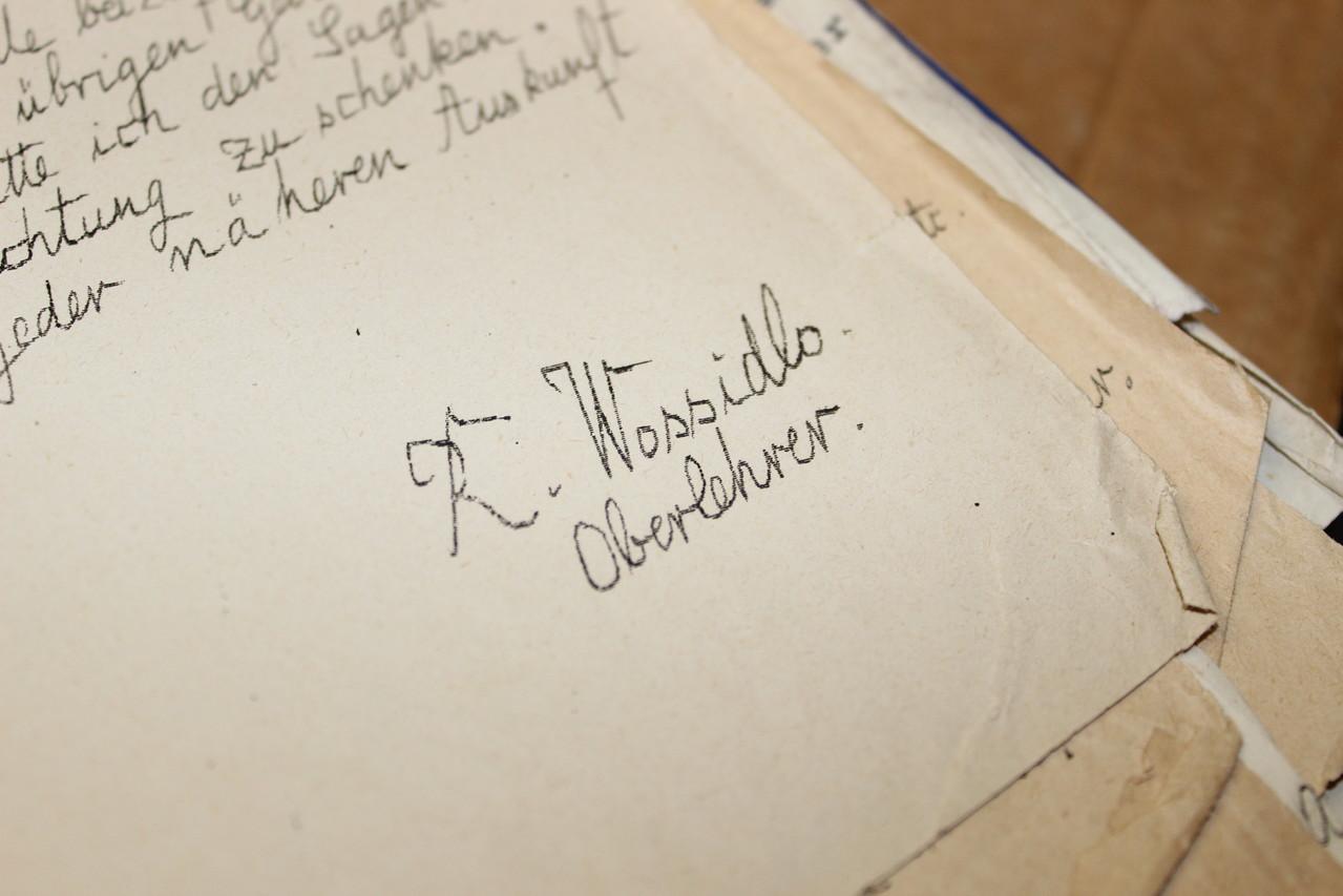 Als Lehrer für Griechisch und Latein lehrte Wossidlo in Waren (Müritz).