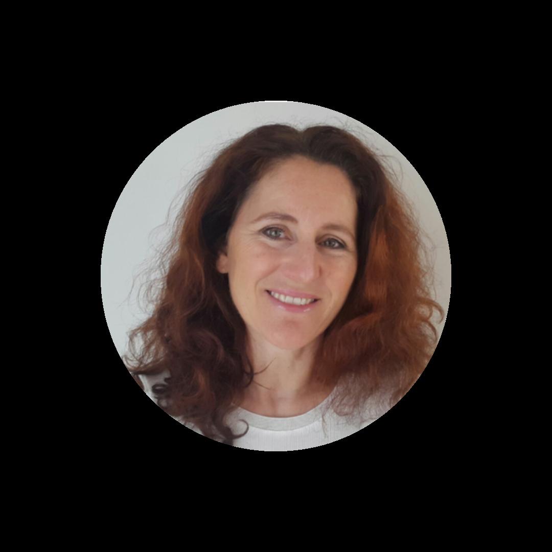 Eva Artmüller, Kundenbetreuung und Schulungen