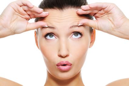 Hilfe bei Stirnrunzeln und Sorgenfalten