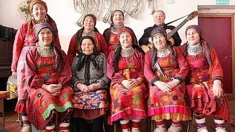 Бурановские голосистые бабушки
