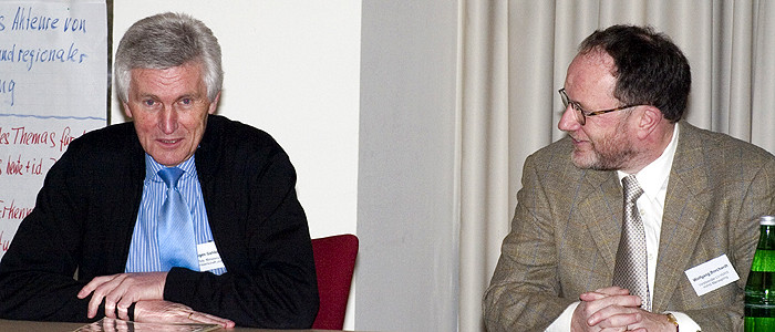Eugen Gehlenborg (MWK) und Wolfgang Borchardt, Vorsitzender des Landesverbandes der HVHS