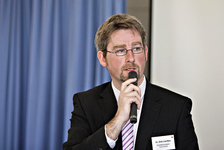 'Die Öffnung der Hochschulen braucht mehr Transparenz und ein besseres Marketing', sagt Dr. Dirk Lüerßen, Geschäftsführer bei der Wachstumsregion Ems-Achse.