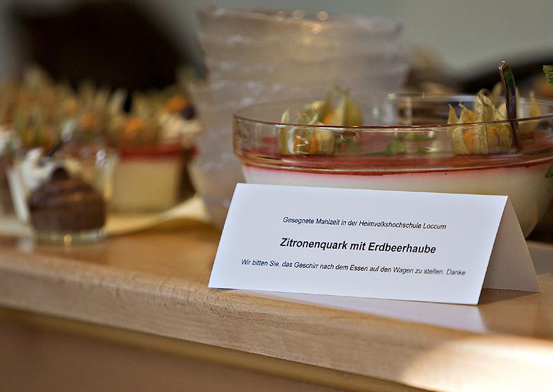 Gutes Essen gehört zu einer Heimvolkshochschule - die Gäste der Fachtagung durften probieren (im Bild der Nachtisch).