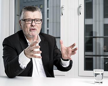 Prof. Dr. Gerhard Wegner, Vorsitzender des Niedersächsischen Bundes für freie Erwachsenenbildung (nbeb)